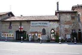 Esterno di Cascina Linterno, via F.lli Zoia