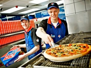 dominos-pizza-milano-660x495