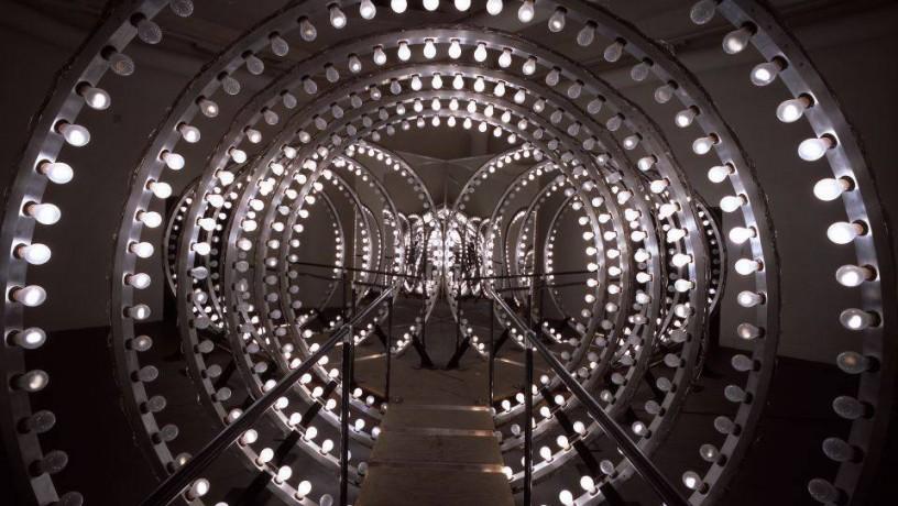 installazione Y, 2003, dettaglio. Copyright Attilio Maranzano. Courtesy dell'artista e Thyssen Bornemisza Art Contemporary Vienna